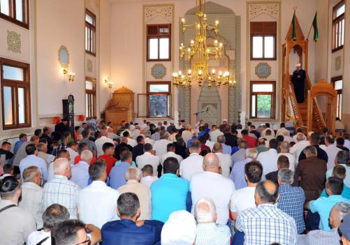 Islamska zajednica: 50.000 KM za zbrinjavanje migranata, 100.000 KM za stradale u zemljotresu u Hrvatskoj