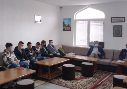 """Održano deveto predavanje """"Kursa islama"""""""